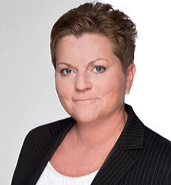 Frau Marion Hahn