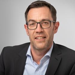 Herr Daniel Weber